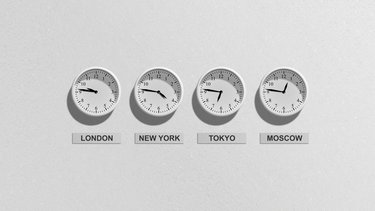 How to fix the clock missing or disappearing in Windows 10
